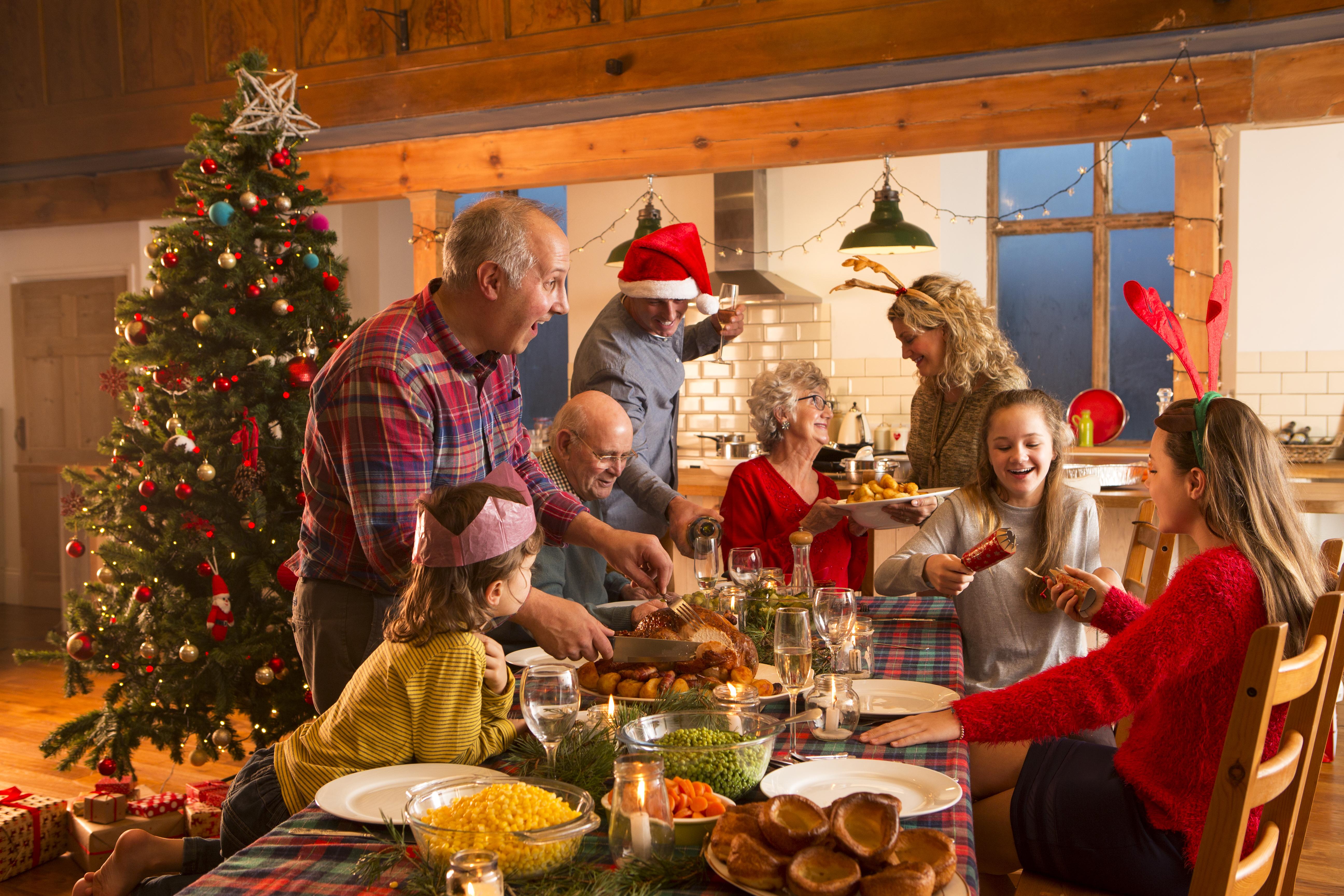 Kerstmis Hoe Kom Je De Kerst Door Met Familie